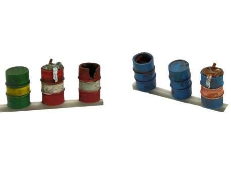 Barrels with trash, set of 6, HO scale (1/87)